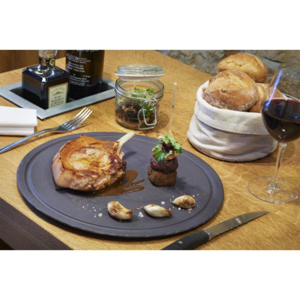 xassiette-a-steak-ronde-en-ceramique-effet-ardoise-basalt.