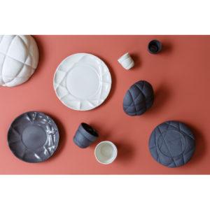 assiette-creuse-en-ceramique-noir